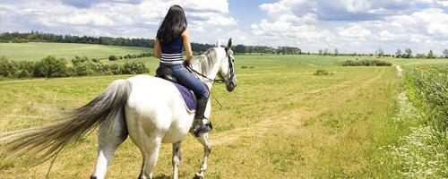 passeggiata-a-cavallo-in-umbria